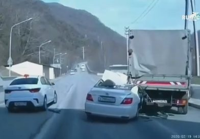 Moment Overtaking Cop Slams Into Back Of Lorry And Dies