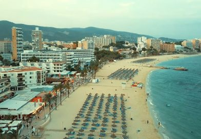 The Hangover,Brit Tourist In Majorca Cancels Wedding After Arrest On Stag Do By Cops